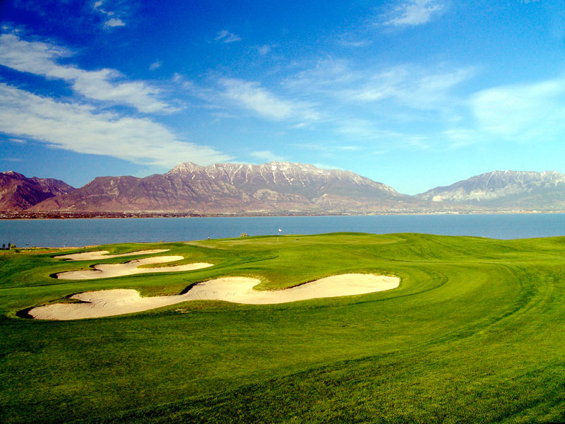 Cottages at Fox Hollow is conveniently located across from Talons Cove Golf Course and offers panoramic views of Utah Lake and Mount Timpanogos.