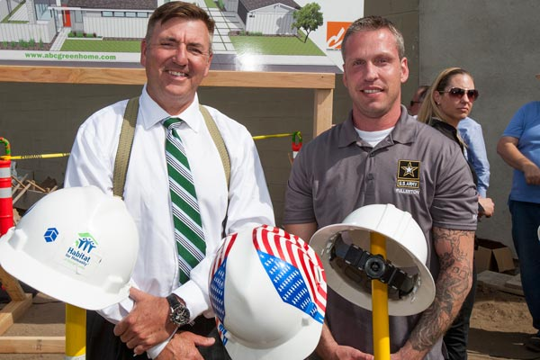 Publisher and ABC Green Hopme Developer Nick Slevin with U.S. Army Sergeant First Class Frank Desrosiers, who is a Habitat Volunteer on ABC 3.0