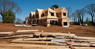 Homebuilders Report Strong Earnings as Housing Data Counter Optimism