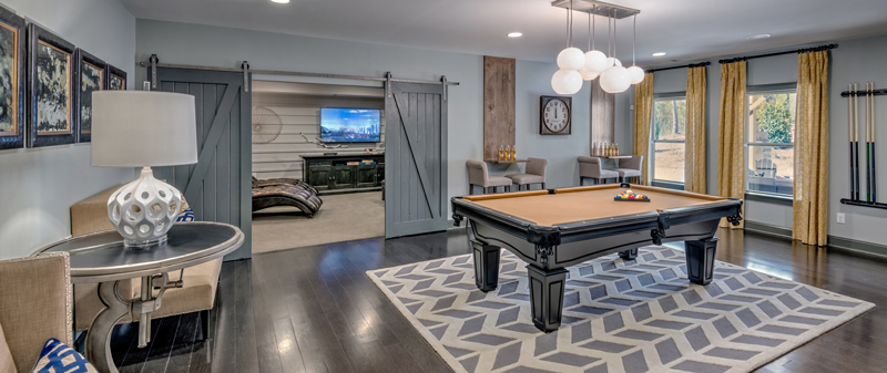 Floorplans can also accommodate flexible room spaces such as game rooms, libraries, entertainment centers, studies, and more.