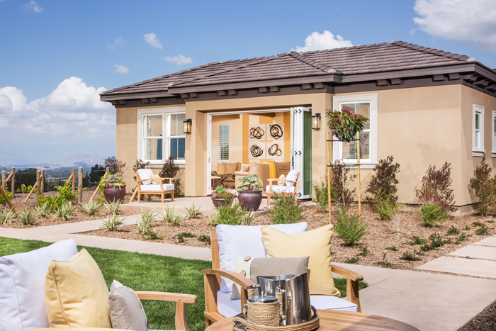 Detached casita options add flexibility to lifestyles and are available for additional living space, home site permitting.