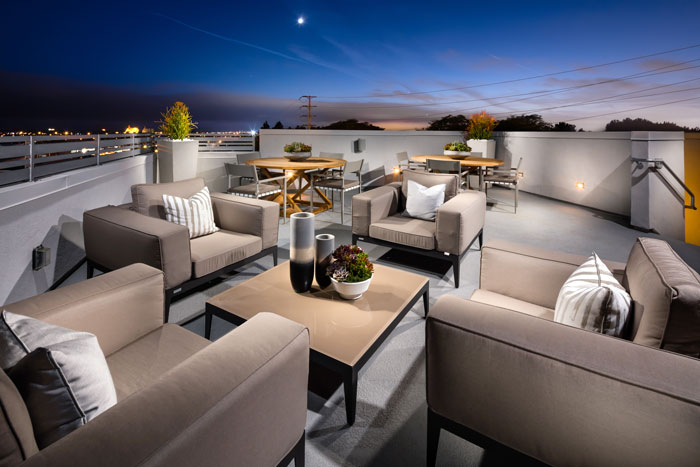Rooftop terraces vary by lot and floor plan configuration but include ocean and city views for the best of both worlds.
