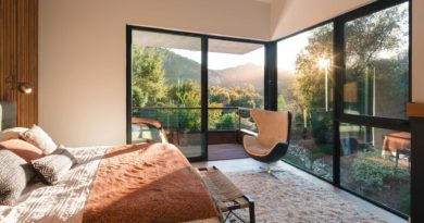 Western Window Systems Reinvents  Aluminum Bi-Fold Door for Strength, Energy Efficiency